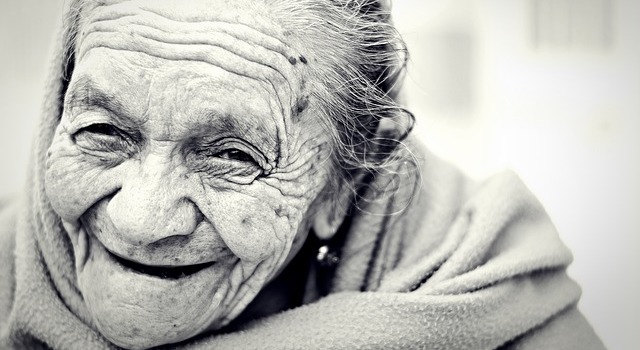 Zwangsernährung • Hypnose phaidros.org • Würdevoll altern